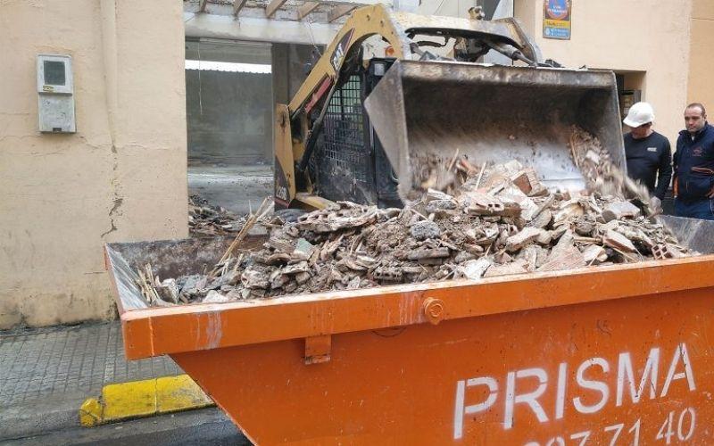 alquiler contenedores escombros piles